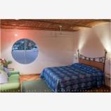Los Milagros Room, Mexico